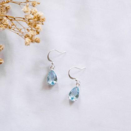 Aquamarine Teardrop Silver Earring